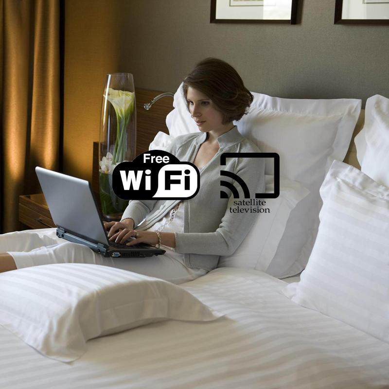 Inlak-hotel-negombo-srilanka-free-tv